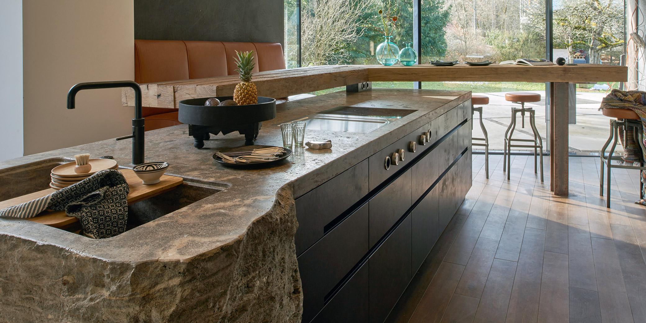 Fels in der Küche · werkhaus Küchen · Designküchen aus Rosenheim